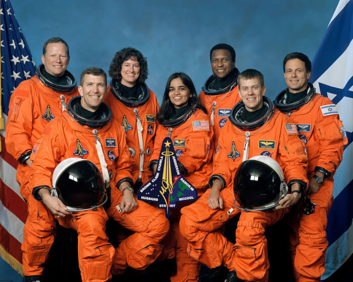1125px-Crew_of_STS-107,_official_photo-1510325199.jpg