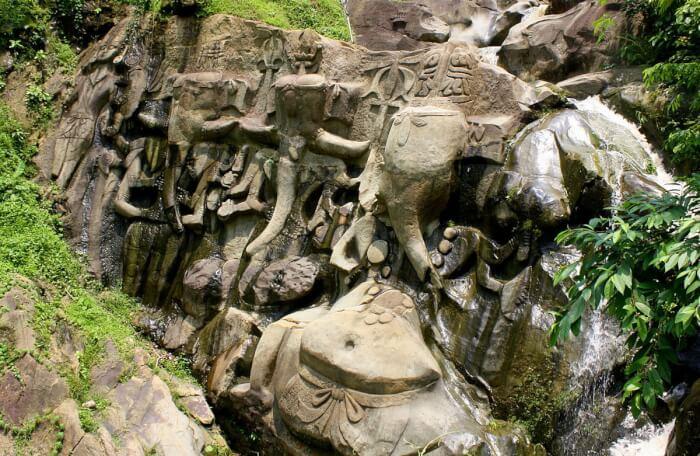 1200px-Ganesha,_Unakoti_(_ঊনকোটি)-1497029371.jpeg