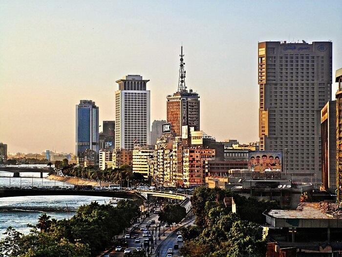 1200px-Nile-Cairo-1498130013.jpg
