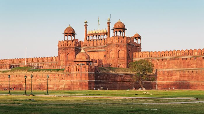 1200px-Red_Fort_in_Delhi_03-2016_img3-1529657029.jpg