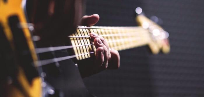 1260x485-bass-guitar-1281x612-1524214597.jpg