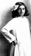 130px-Young_Indira_Gandhi-1511005314.jpg