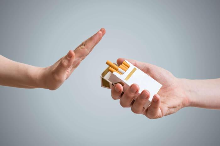 1526316032-quit-smoking-587224878-1534601030.jpg