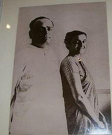 220px-Feroze_and_Indira_Gandhi-1511004951.jpg