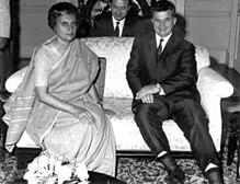 220px-Indira_Gandhi_&_Nicolae_Ceauşescu-1511004976.jpg
