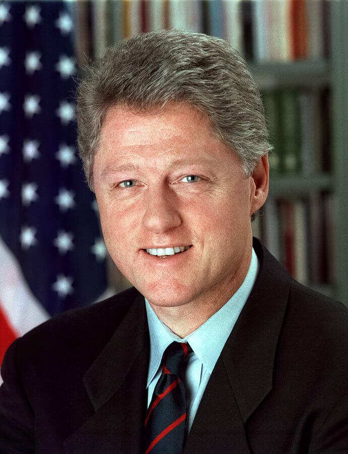 690px-Bill_Clinton-1511257213.jpg