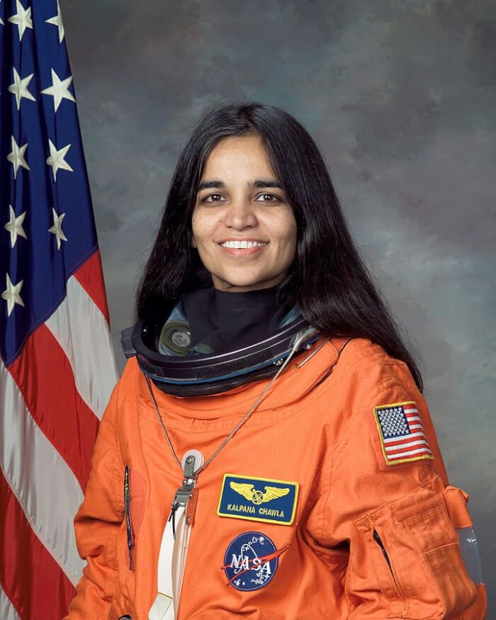 720px-Kalpana_Chawla,_NASA_photo_portrait_in_orange_suit-1510325245.jpg