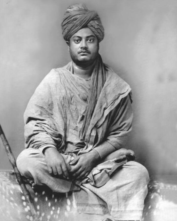 720px-Swami_Vivekananda_Jaipur-1510821112.jpg