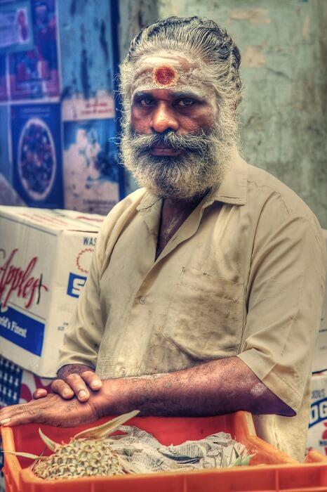 A_Hindu_man_with_Tripundra_Tilaka_forehead_markings-1502462202.jpg