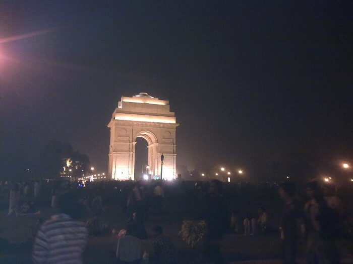 A_winter_evening_at_India_Gate-1511596319.jpg