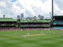 Ashes_2010-11_Sydney_Test_final_wicket-1511110694.jpg