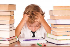 Child-studying-from-many-books-1024x682-300x200-1524122469.jpg