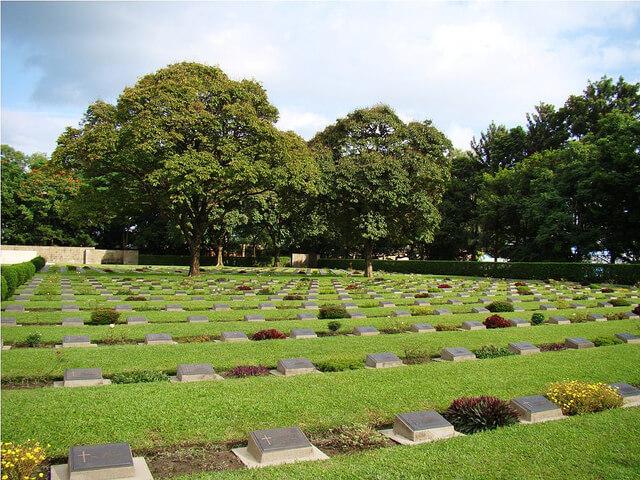 Imphal_War_cemetery-1503679197.jpg
