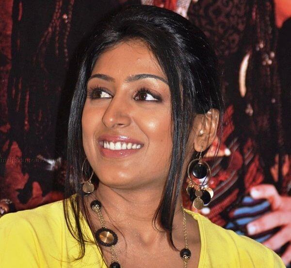 Padmapriya-profile-1521277481.jpg