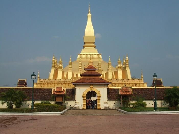 PhaThatLuang-1504903571.jpg