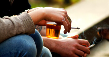 Is Gen Y Getting Addicted to Cigarettes and Alcohol