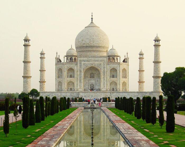 Taj_Mahal_Exterior-1499577042.jpg