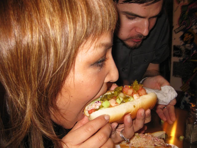 Yoshie_eating_veggie_hotdog_cc_flickr_user_jasonlam-1506850451.jpg