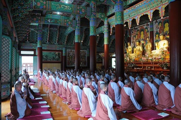 buddhism-882872_1280-1499092833.jpg
