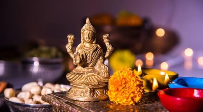 goddess-lakshmi_file_759-1508240418.jpg