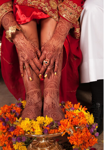 MEHENDI CEMENTS BONDS OF LOVE!