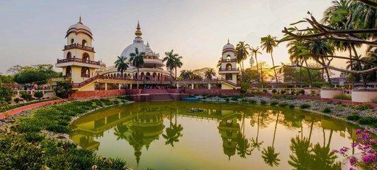 iskcon-sri-mayapur-chandrodaya-1528879711.jpg
