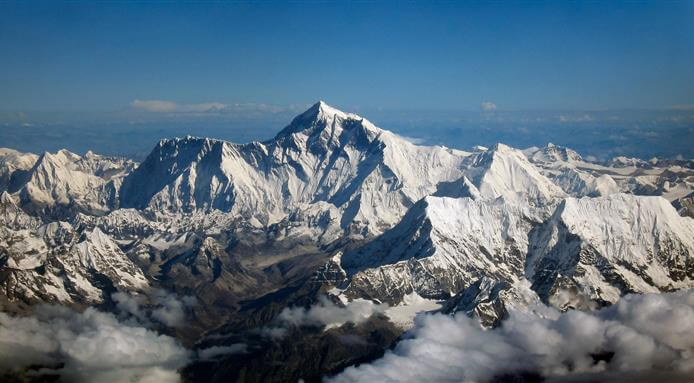 l_14173_mount-everest-as-seen-from-drukair-1517558582.jpeg