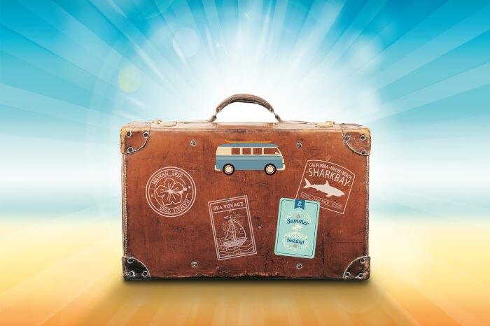 luggage-1149289_1280-1511766772.jpg