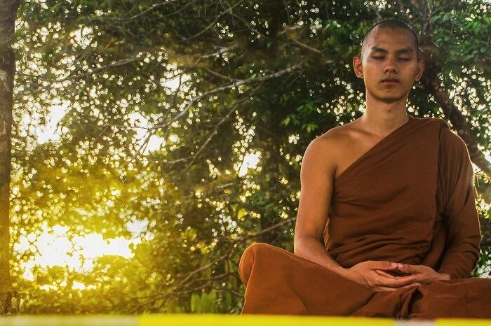meditate-1851165_1280-1496946221.jpg