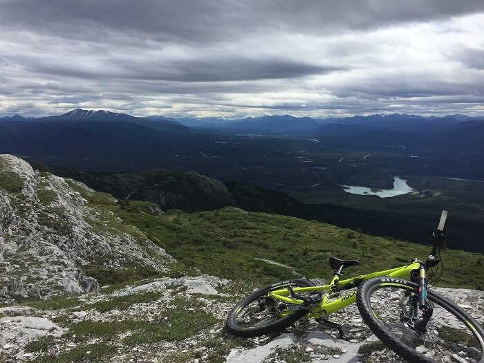 mountain-biking-1734990_1280-1500989802.jpg