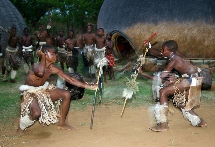 stick-fight-412666_1920-1497217624.jpg