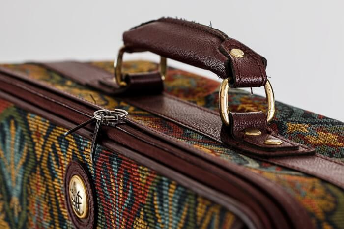 suitcase-468445_1280-1497521448.jpg