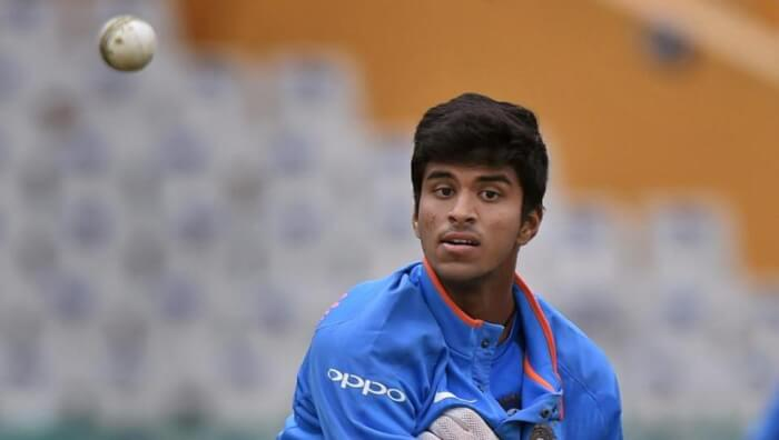 team-india-s-practice-session-in-mohali_b8ac4198-dfd4-11e7-814a-000c05070a4c-1517218005.jpg