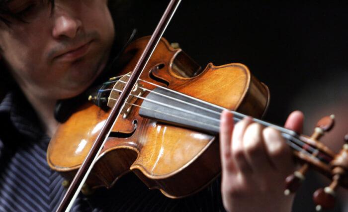 violin-preference-1_custom-f793ff894c1123d0b120eb4db0f773a8ceae03ba-s900-c85-1524214578.jpg