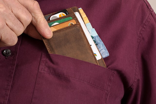 wallet-2668571_640-1520065760.jpg